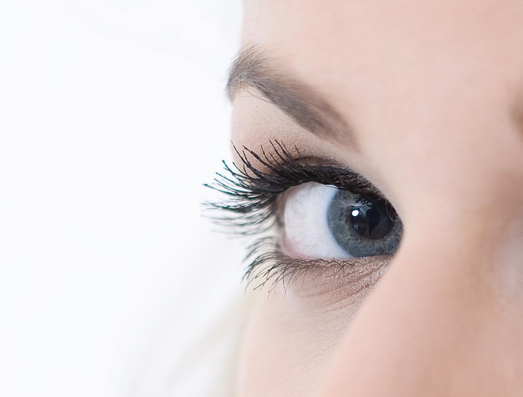 Mit Permanent-Make-Up strahlt man in jeder Lebenslage.