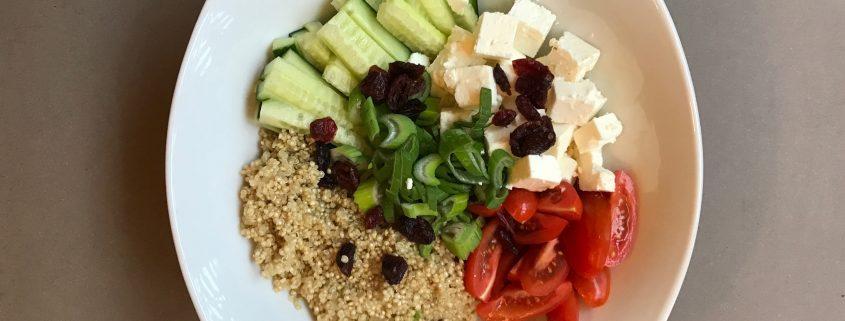 Zutaten für Quinoa-Salat - ConnyPURE